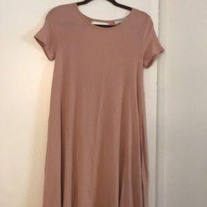 T:shirt dress with an open back